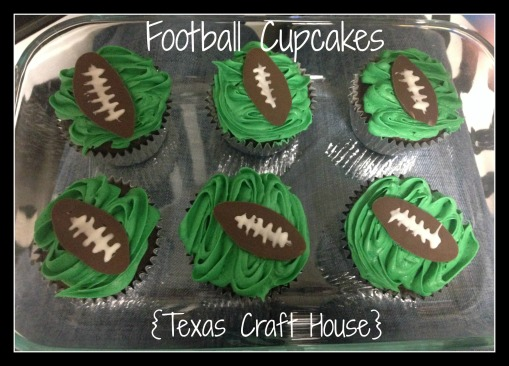 {Texas Craft House} Game Day Football Cupcakes