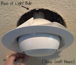 {Texas Craft House} How to Remove a Stuck Light Bulb