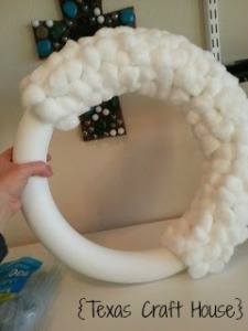 {Texas Craft House} Cottonball Wreath