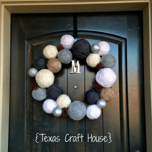 {Texas Craft House} How to Make Your Own Winter Yarn Wreath