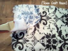 {Texas Craft House} DIY Stone Coasters - use stone tiles, napkins and Mod Podge to create one-of--a-kind coasters for your home or use as a homemade gift