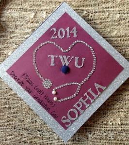{Texas Craft House} Decorate your Graduation Cap