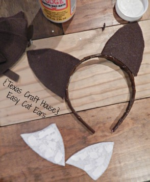 {Texas Craft House} Easy fox ears - make it yourself for a costume or dress up day - could use this same idea for cat ears too!