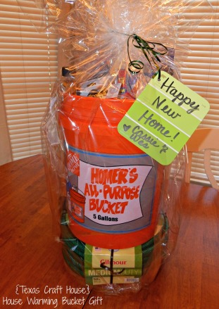 {Texas Craft House} House Warming Bucket Gift - Great idea for a house warming, new home or new neighbor gift with lots of ideas too!