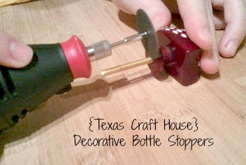 {Texas Craft House} DIY drawer pulls as decorative bottle stoppers