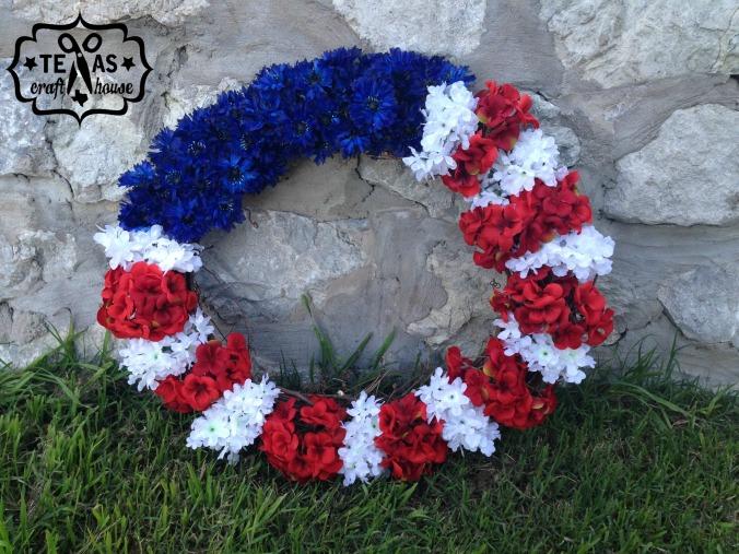 {Texas Craft House} Americana Flower Wreath