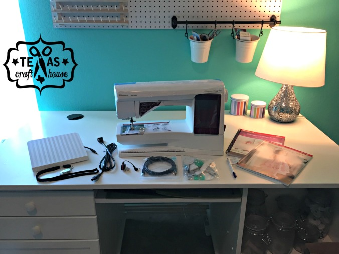 {Texas Craft House} Unboxing my new Viking Husqvarna Ruby Royale Embroidery Machine