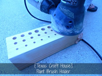 {Texas Craft House} DIY Paint brush holder, could also use this as a make up brush holder!