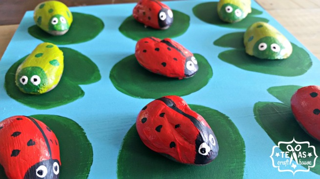{Texas Craft House} Tic Tac Toe Kids Craft - uses rocks and paint