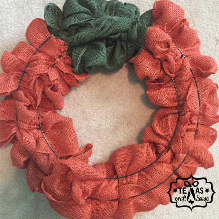 {Texas Craft House} How to make your own 2-n-1 Fall and Halloween Burlap Wreath