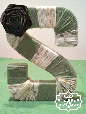 {Texas Craft House} Monogram yarn wreath or display for home, school or nursery