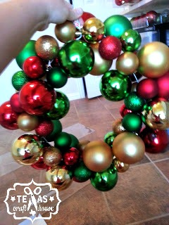 Easy Diy Christmas Ornament Wreath Texas Craft House