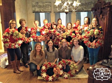 {Texas Craft House} Burlap Christmas Wreath Picture Tutorial